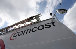 Customer service number for Comcast cable